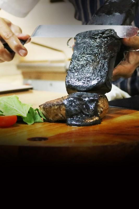 Sensasi Wagyu Black Charcoal Cheese Hadir di Yogyakarta